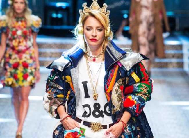 9b7a61c3e0645c dolce gabbana defile femme automne hiver 2017 2018 11 - Le Défilé Dolce  Gabbana Célèbre la