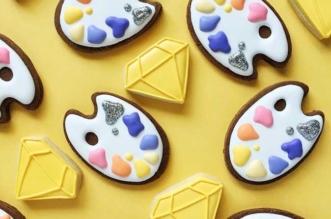 holly fox cookies pop art biscuits couleurs 2 331x219 - Ses Artistiques Biscuits Pop Art vont vous Mettre l'Eau à la Bouche