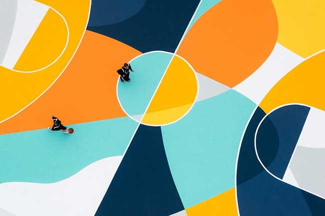 street art terrain basket italie artiste gue 5 - L'Artiste Gue Transforme un Terrain de Basket en Oeuvre d'Art