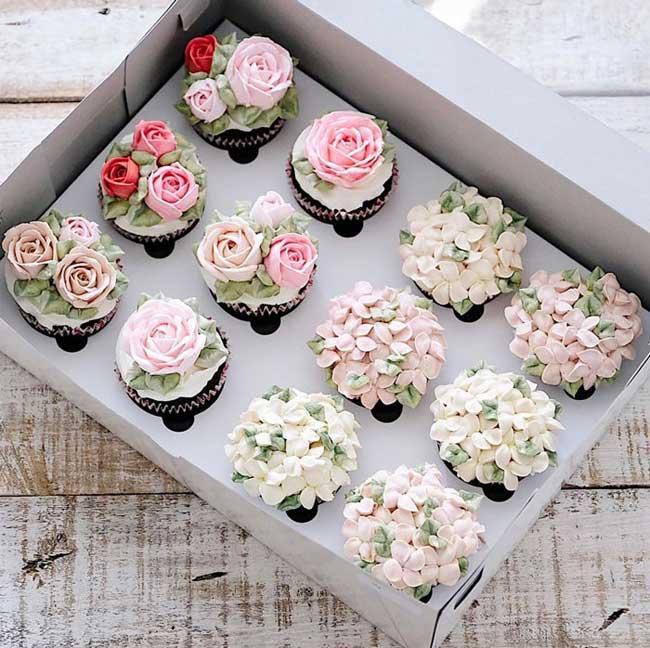 13 Gateaux en Bouquet de Fleurs pour Célébrer le Printemps - MaxiTendance