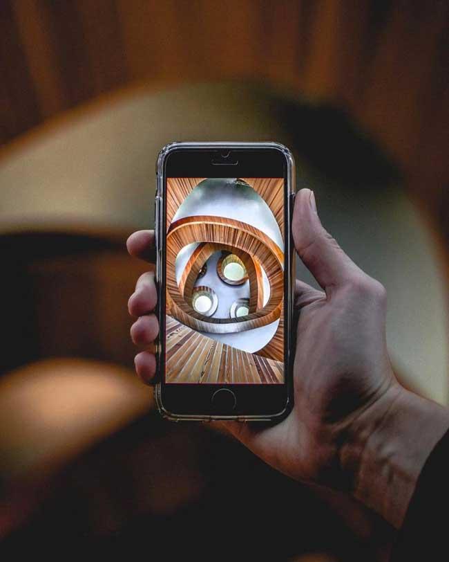 iphone photos, Redécouvrez les Villes du Monde à Travers l'Ecran d'un iPhone