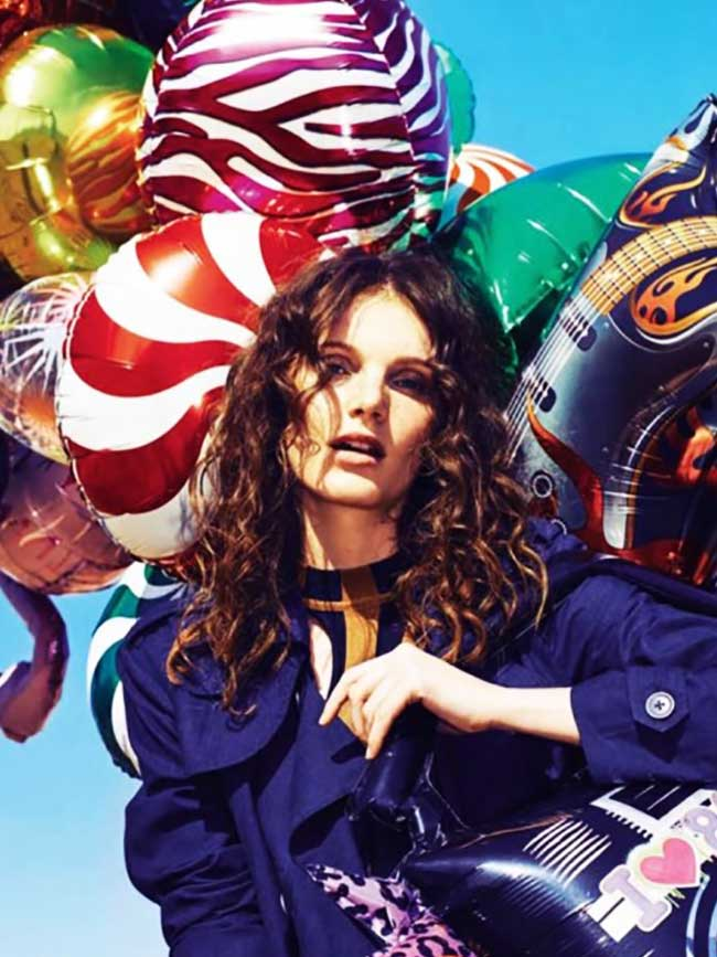 fille ballons glamour espagne romana umrianova 3 - La Fille aux Ballons de Glamour Espagne nous Invite à la Plage