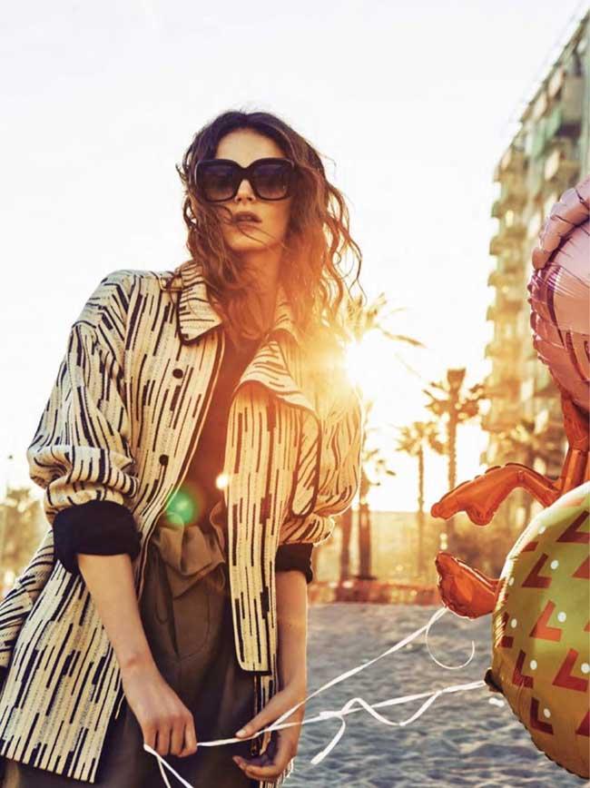 fille ballons glamour espagne romana umrianova 6 - La Fille aux Ballons de Glamour Espagne nous Invite à la Plage