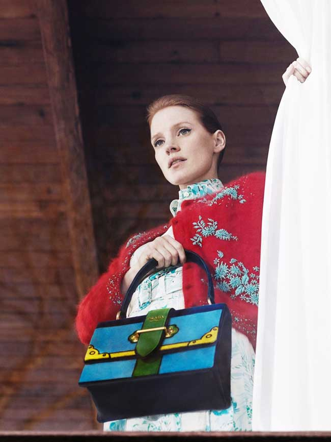 , Jessica Chastain en Campagne pour Prada Accessoires Pre Fall 2017