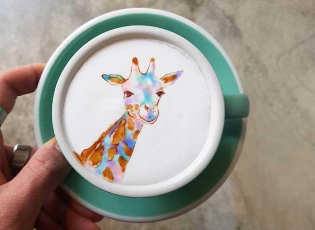 kang-bin lee latte art, Il Peint dans du Café des Répliques de Toiles de Maîtres (video)
