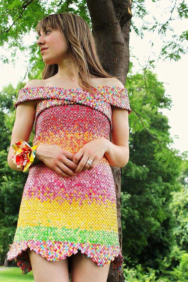 robe bonbons emballage recycle papier 1 - 10000 Emballages de Bonbons pour cette Elegante Robe