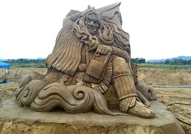 , Gigantesques Sculptures de Sable par Toshihiko Hosaka