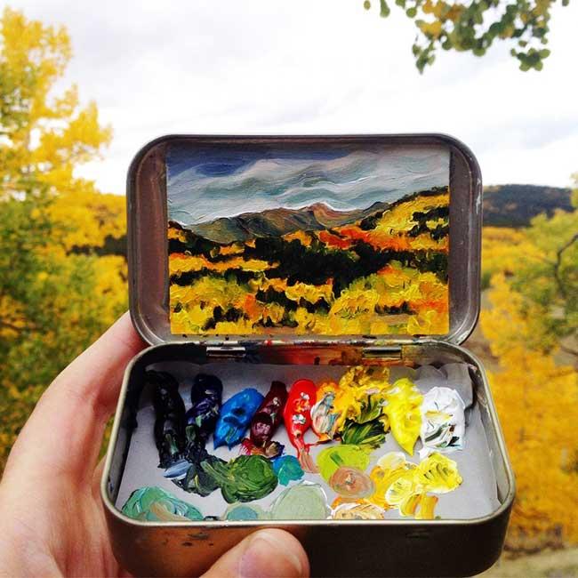 , Paysages Miniatures et leurs Palettes de Couleurs dans des Boîtes en Fer Blanc