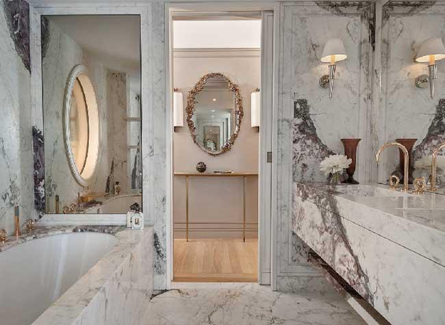 hotel crillon reouverture paris 11 - Le Luxueux Hôtel de Crillon Rouvre ses Portes aux Touristes