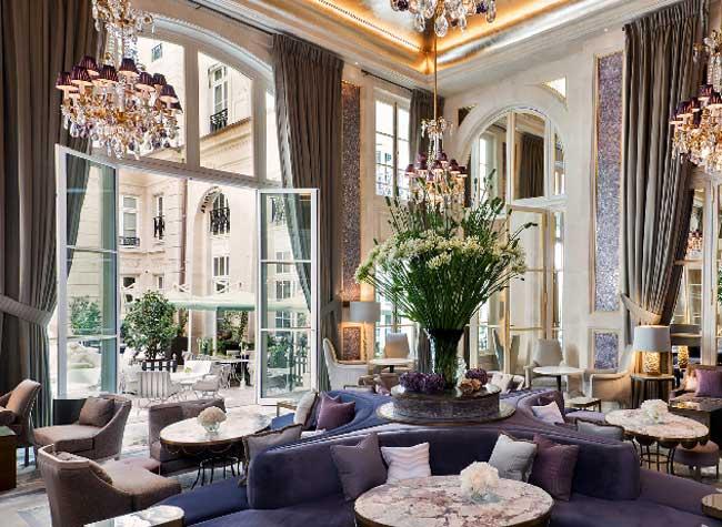 hotel crillon reouverture paris 3 - Le Luxueux Hôtel de Crillon Rouvre ses Portes aux Touristes