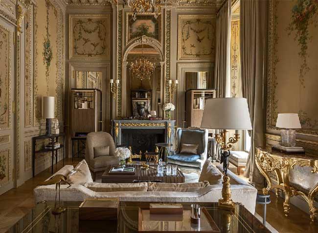 hotel crillon reouverture paris 4 - Le Luxueux Hôtel de Crillon Rouvre ses Portes aux Touristes