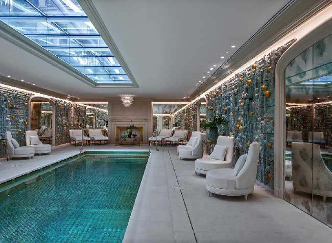 hotel crillon reouverture paris 7 - Le Luxueux Hôtel de Crillon Rouvre ses Portes aux Touristes