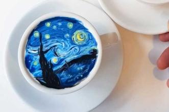 kangbin lee latte art tasses cafe oeuvres 21 331x219 - Il Peint dans du Café des Répliques de Toiles de Maîtres (video)