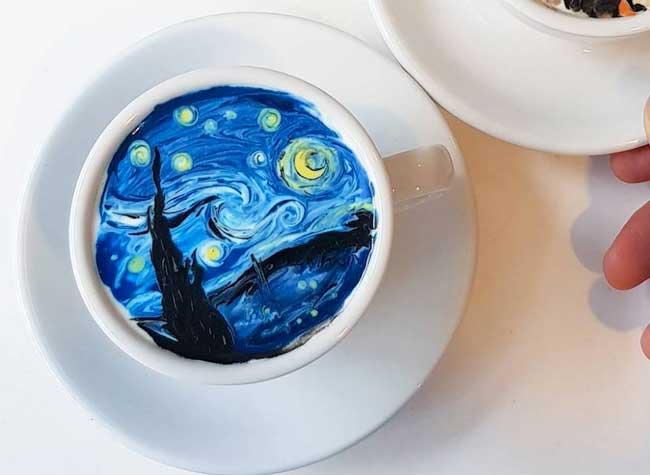 kangbin lee latte art tasses cafe oeuvres 21 - Il Peint dans du Café des Répliques de Toiles de Maîtres (video)