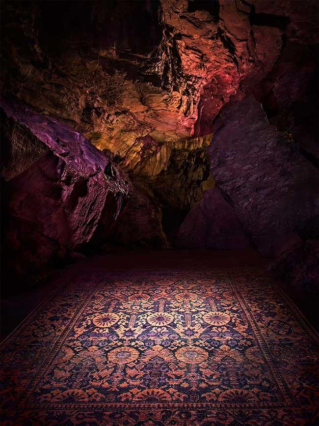 tapis grottes howe nyc campagne, Des Tapis se Retrouvent dans les Grottes de Howe pour une Campagne