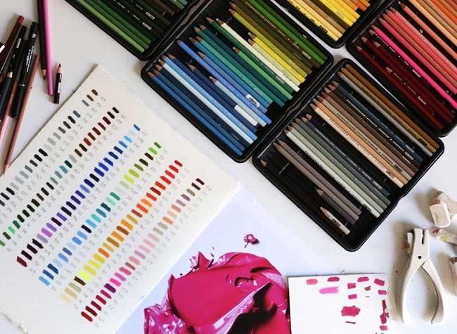 CJ Hendry DessinPeinture Realisme, Réalistes Coups de Pinceaux Géants aux Crayons de Couleurs