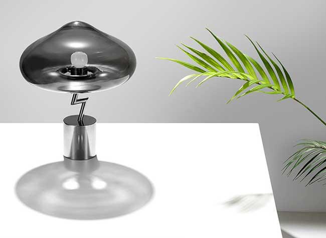 Jiyoun Kim Lightning Lamp Nuage, Quand une Expression Populaire Devient une Lampe Poétique
