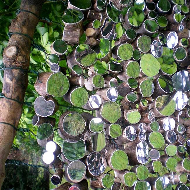 lee borthwick miroir installation art bois 5 - Des Miroirs dans les Bois pour une Installation Artistique
