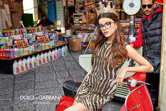 f5fdbcb59d0cd0 La Femme Dolce Gabbana sort ses Lunettes de Stars a Palerme ...