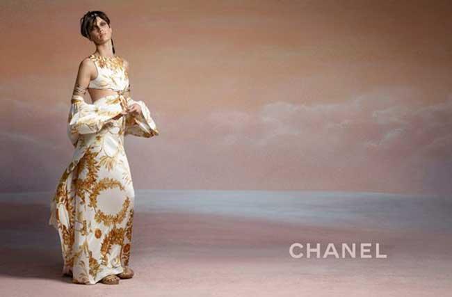 Marine Vacth Chanel Croisiere 2017 2018, Pour Chanel l'Actrice Française Marine Vacth Joue les Déesses Grecques