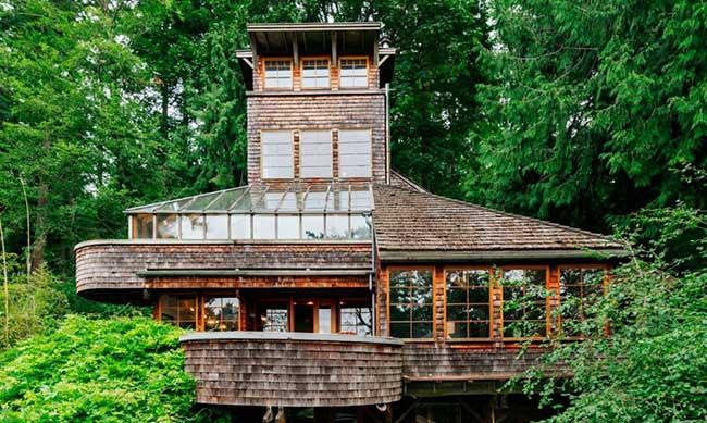 tree house tower maison arbres jason mclennan, Bucolique Maison dans les Arbres Faite de Poutres et de Matériel de Bateau