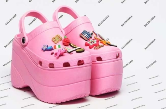 Balenciaga crocs Chaussures