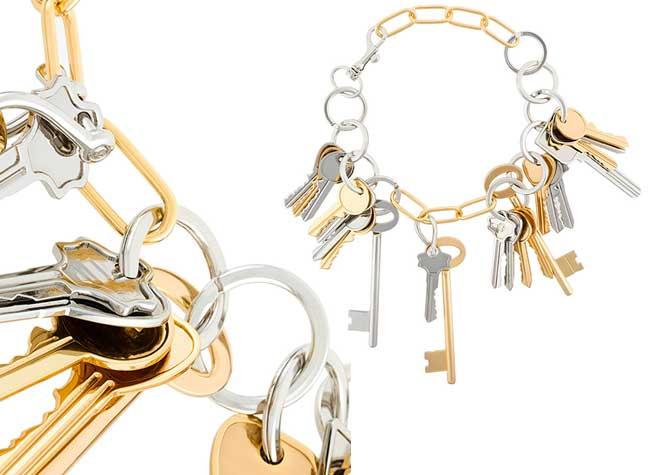 Collier Bracelet Clés Balenciaga, Trousseau de Clés en Collier et Bracelet chez Balenciaga