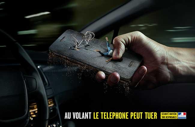 Au Volant Telephoner Peut Tuer Campagne, Au Volant, le Téléphone c'est Mortel comme dans cette Campagne