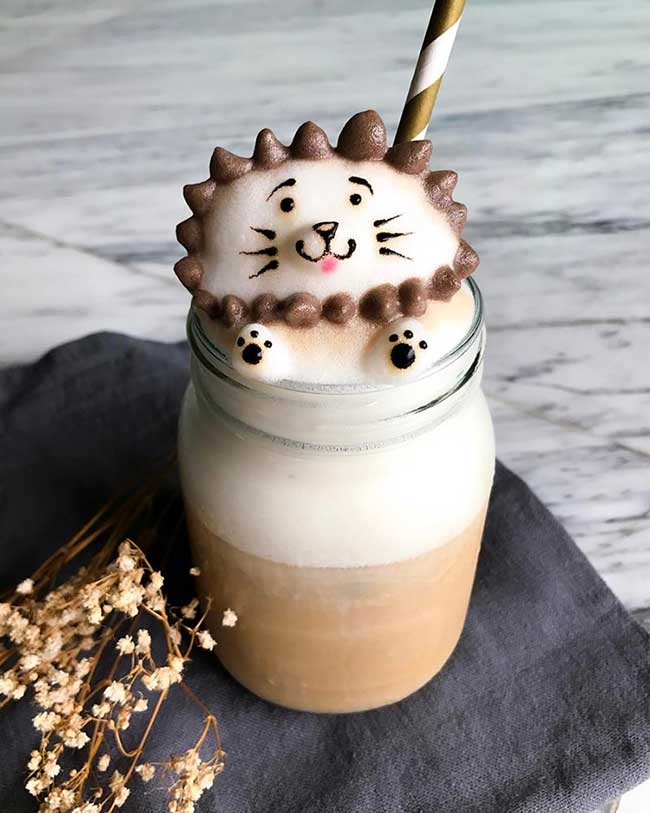 latte art daphne tan, Elle Dessine d'Adorables Personnages en 3D sur ses Cafés Latte