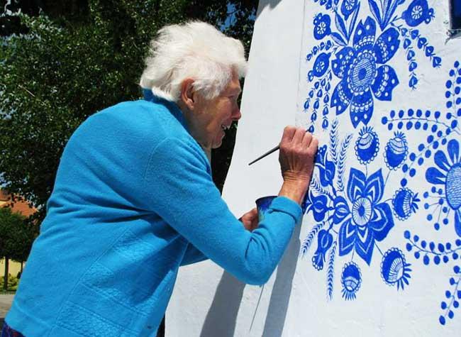 grand mère artiste louka tchecoslovaquie