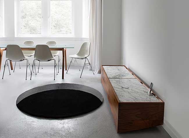 trompe l oeil salon publi juillet dans a trompe luoeil table by wendell castle credit emon. Black Bedroom Furniture Sets. Home Design Ideas