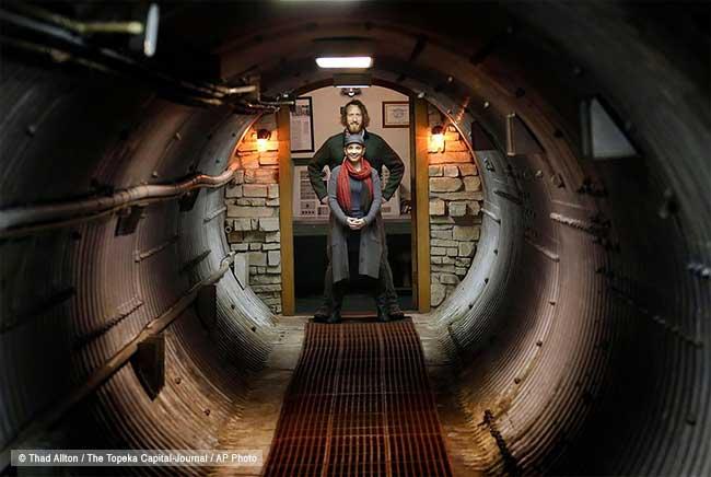 abri antiatomique bunker airbnb location luxe