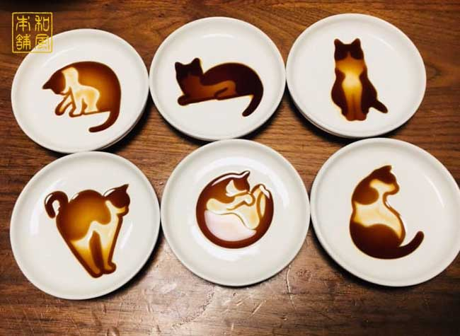 assiettes chats illustrations sauce soja