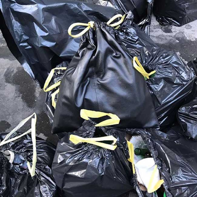 bin bag biis sac poubelle luxe cuir napa, De Pire en Pire, un Sac Poubelle en Cuir Napa pour 360 Euros !