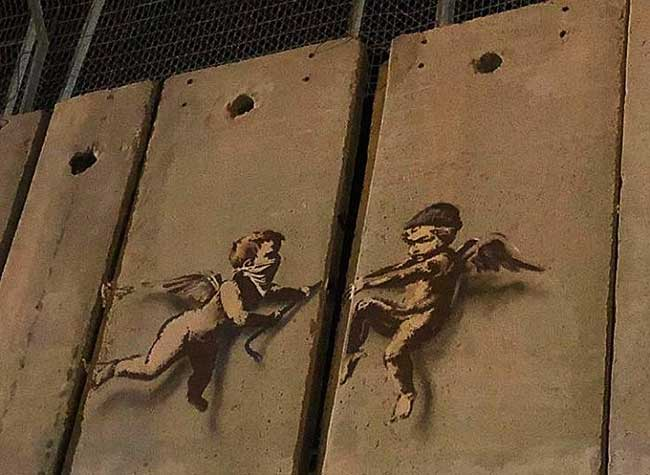 banksy bethleem alternativity peace earth, Banksy Rappelle en Palestine que les Vacances de Noël ne sont pas les Mêmes pour Tous