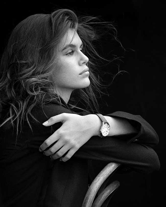 kaia gerber fille cindy crawford campagne omega tresor, Kaia Gerber, Fille de Cindy Crawford, Egérie de la Campagne Omega Tresor