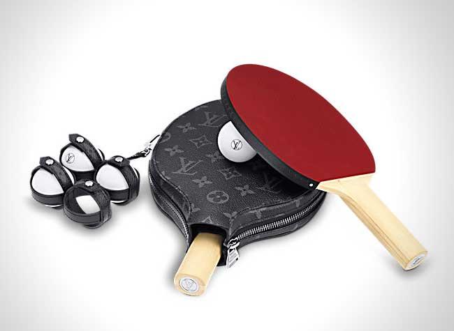 Louis Vuitton Raquette Ping Pong Corde Sauter, Kit de Ping Pong et Corde à Sauter pour la Femme Louis Vuitton
