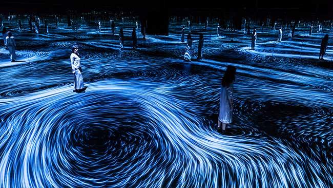 teamlab interactive installation ngv triennial art led, Installation d'Art Interactive aux Airs de Peinture de Van Gogh