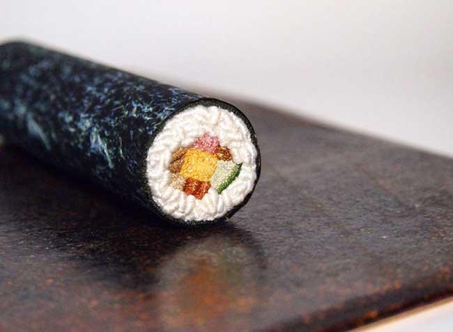 broderie miniature nourriture ipnot cuisine 5 - Elle Brode des Plats de Nourriture Miniatures des plus Réalistes