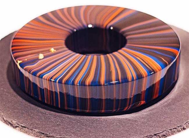 gateaux glacage miroir ksenia penkina, Elle a l'Art de Confectionner des Gâteaux au Glaçage Miroir Incroyable (video)