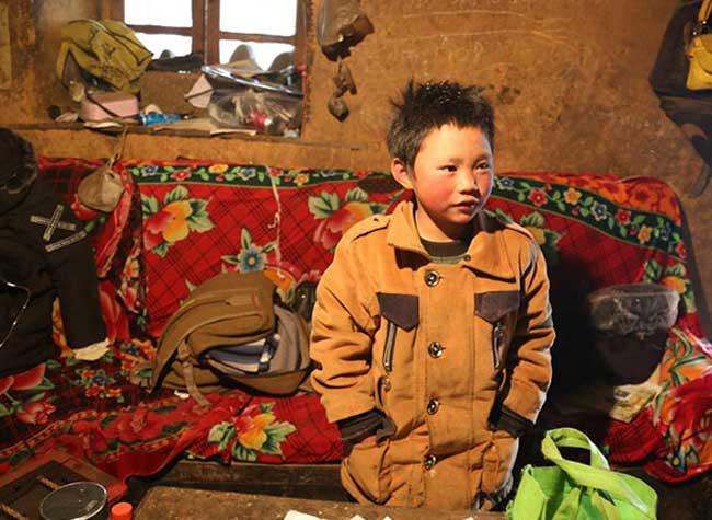 ice boy garcon gele ecole wang fuman chine 4 - A 8 ans il Marche 4,8 Km dans un Froid Glacial pour Arriver Gelé à l'Ecole (video)