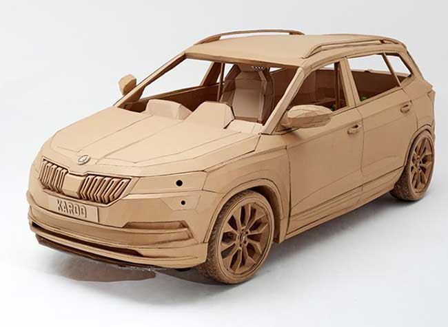 skoda karoq lazerian carton suv voiture, Le SUV Skoda Karoq en Carton c'est plus Marrant (video)