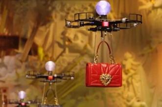 defile drones dolce gabbana sacs milan