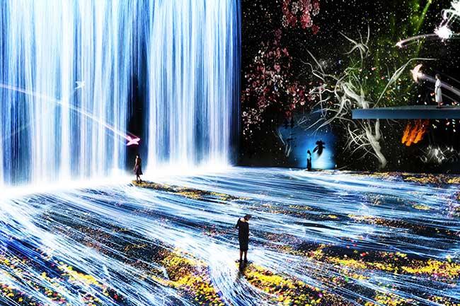 installation art teamlab la villette paris 1 - Cascades de Lumière pour une Installation d'Art à Paris