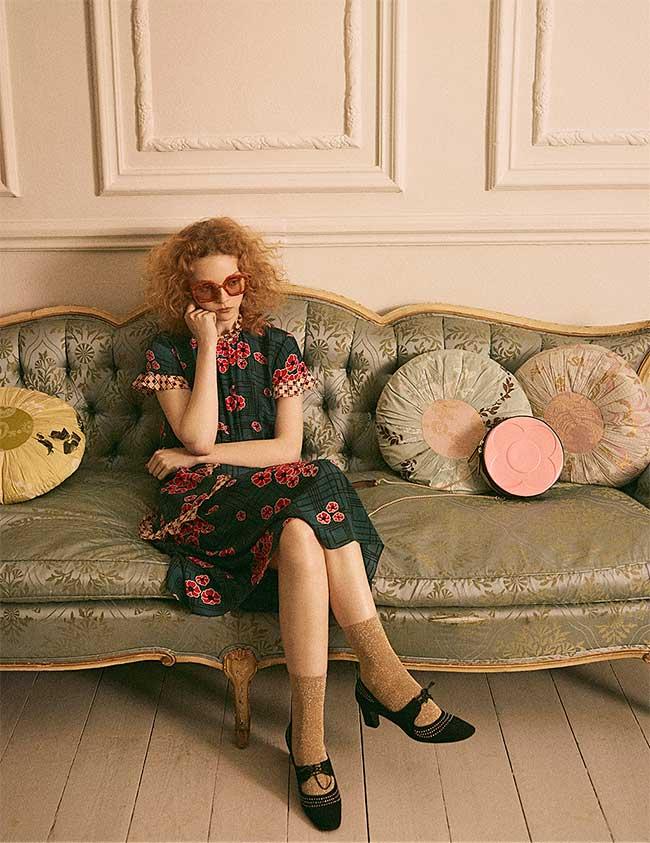 orla kiely campagne printemps été 2018, La Femme Orla Kiely s'Offre un Ete Cozy très Années 70