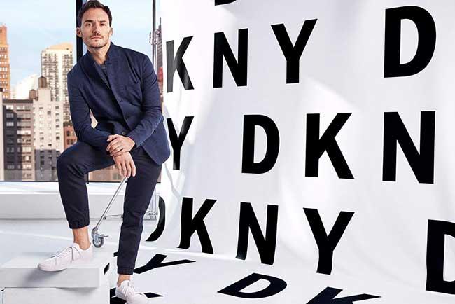Sam Claflin DKNY Campagne Ete 2018, Le Comédien Anglais Sam Claflin à New York pour DKNY (video)