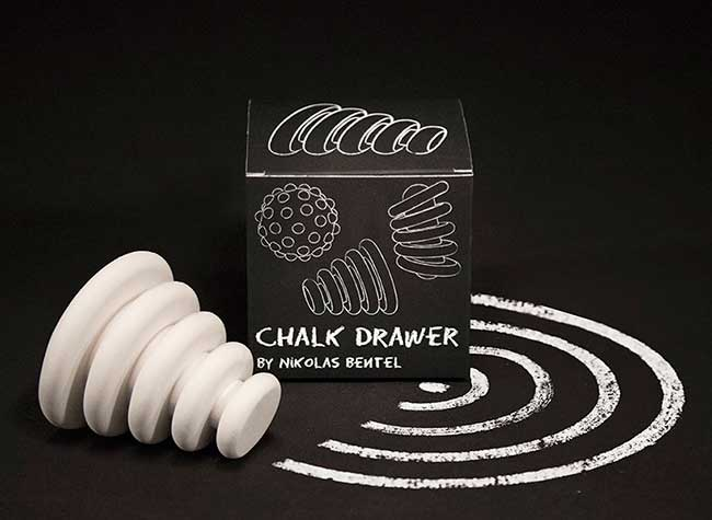 craies dessins sculptures chalk drawers nikolas bentel, Ces Craies aux Airs de Sculptures Dessinent Lignes, Cercles et Points