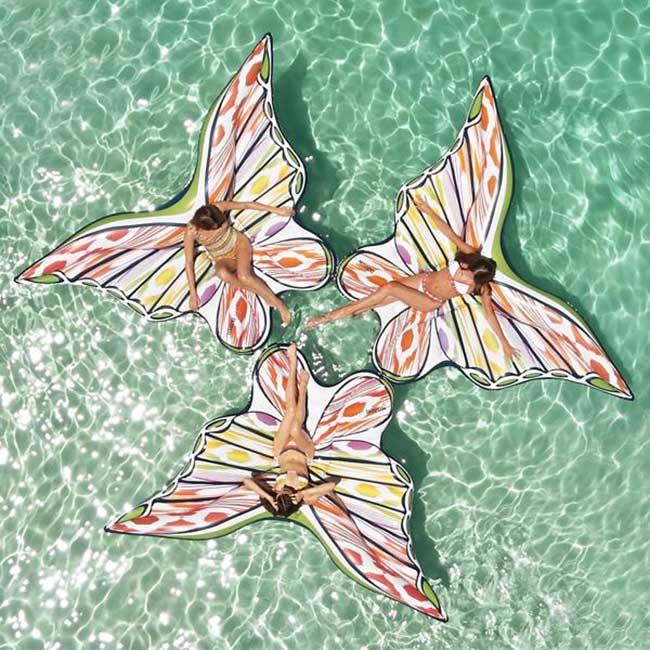 flotteurs papillons missoni funboy 3 - Un Eté au Bord de la Piscine avec ces Matelas Papillons Missoni