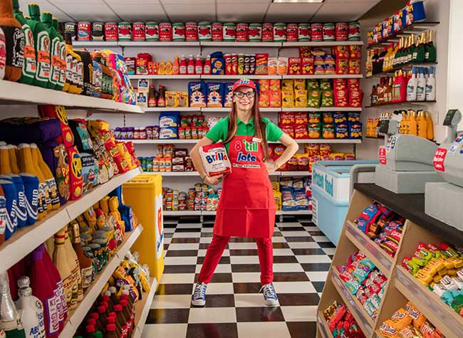 lucy sparrow superette feutrine los angeles