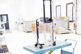 rimowa off white valise transparente virgil abloh